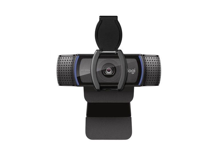 Para verte mejor. Logitech C920s  es una cámara web para las mamás que hacen muchas videollamadas. Incluye dos micrófonos, lente de cristal y video Full HD  ($12.499)