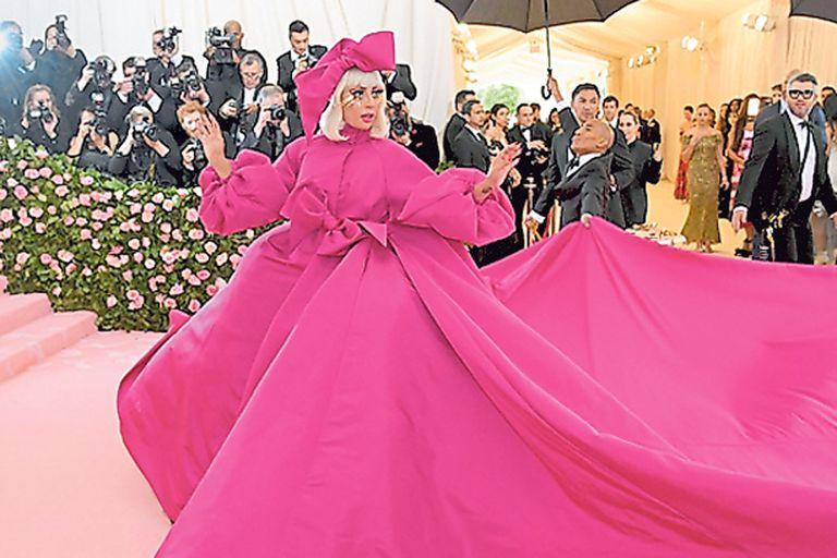 Extravagancia y glamour en la pasarela rosa de la Gala del Met