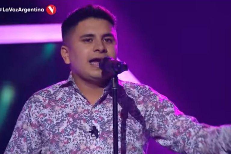 Francisco Benítez contó que desde los 6 años tiene tartamudez y que cantar fue una forma de salir adelante