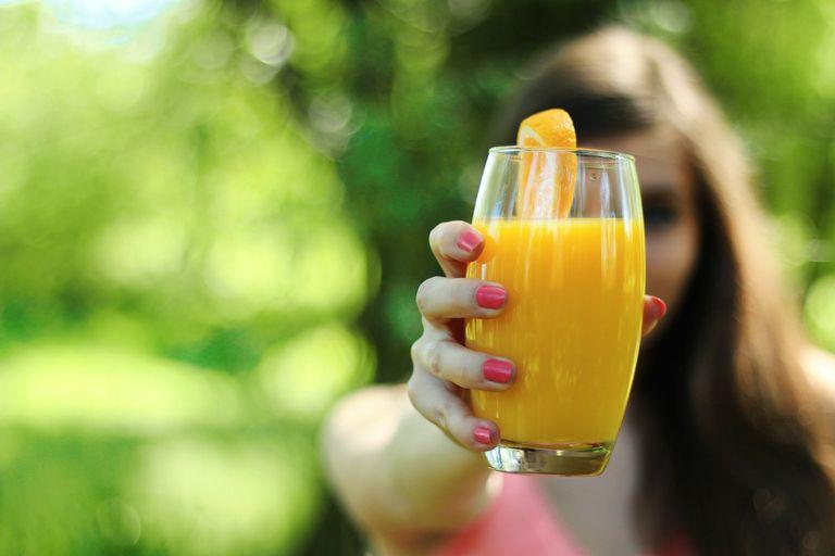 Vitamina C, clave para subir las defensas.