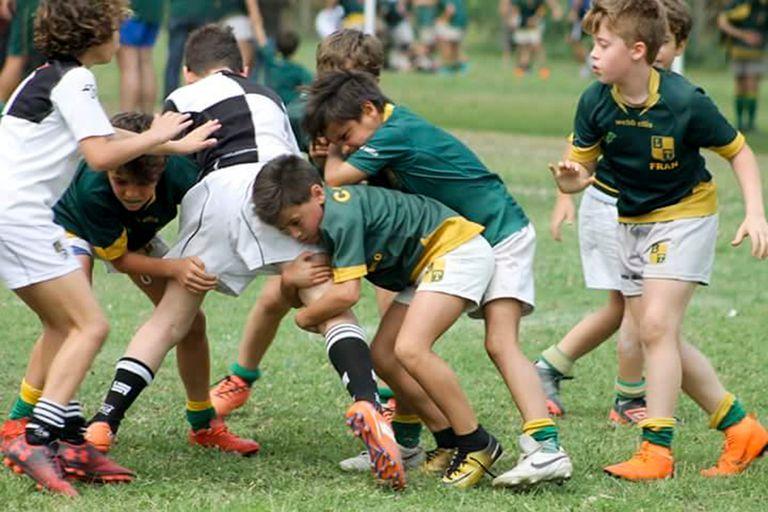 Tacklear, lo que más le gusta hacer a Nicolás, el chico a quien el rugby le cambió su vida de instituto de menores.