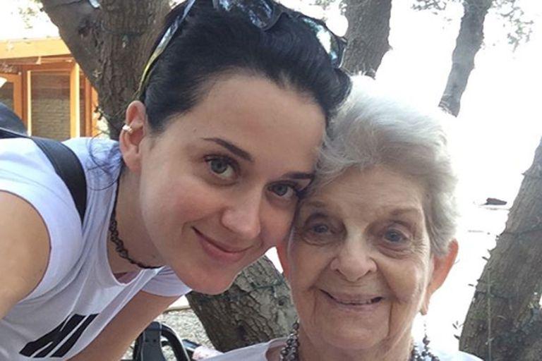 La tristeza de Katy Perry por la muerte de su abuela