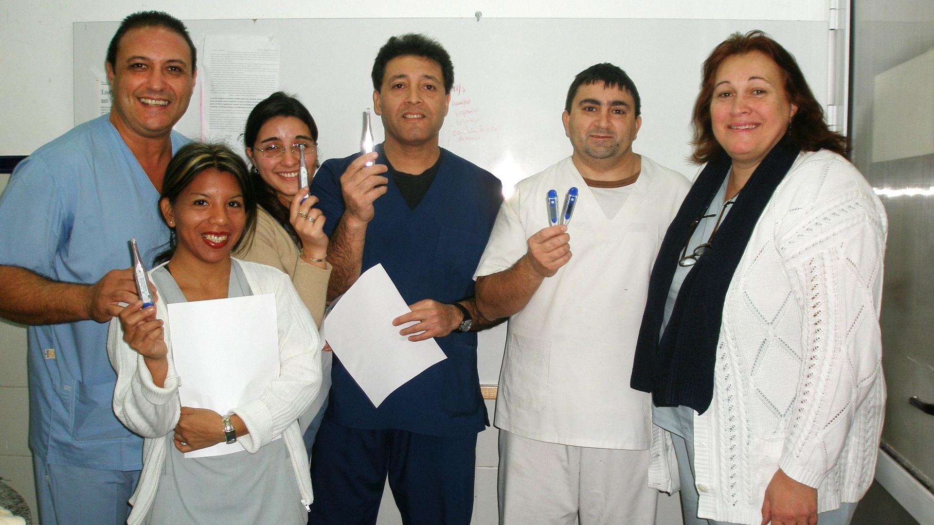 En el hospital Roque Sáenz Peña de Rosario reemplazó los termómetros de mercurio por los digitales