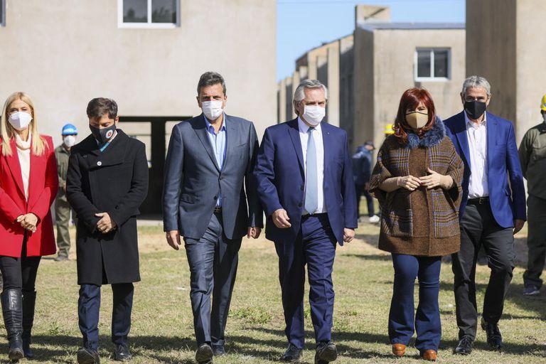 Verónica Magario, Axel Kicillof, Sergio Massa, Alberto Fernández y Cristina Kirchner, en Ensenada
