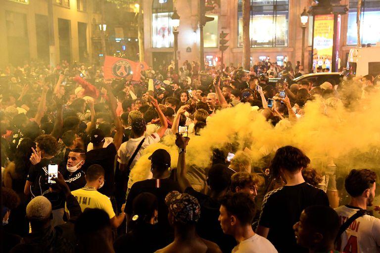 Las calles de París, copadas por los fanáticos de PSG