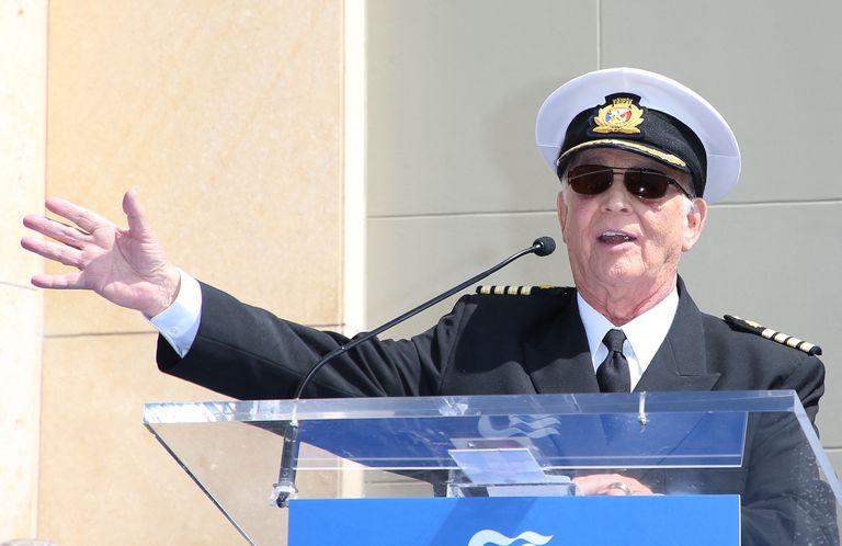 Gavin MacLeod, el popular capitán de la serie El crucero del amor, murió a los 90 años
