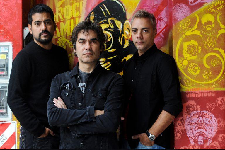 'Sesiones pandémicas' de Attaque 77 es el registro de un streaming pensado como canal para seguir en contacto con los seguidores de la banda en tiempos de distanciamiento social