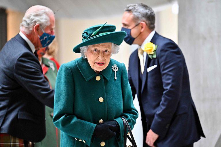 La salud de la reina Isabel II: por qué la internaron
