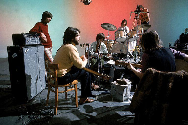 En enero de 1969, The Beatles tocó ante las cámaras para el proyecto Get Back; veintiún años después se estrena una nueva edición de esas imágenes a cargo del director Peter Jackson