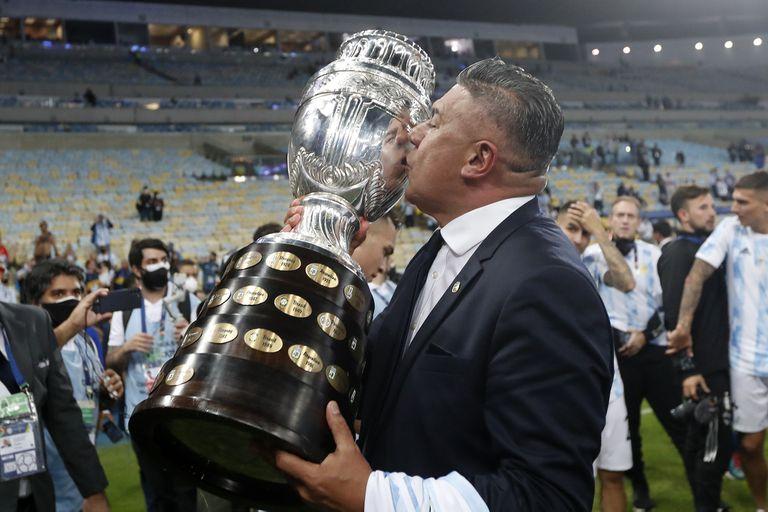 Tapia les ganó la pulseada a Angelici y a Tinelli: seguirá siendo presidente de la AFA hasta 2025