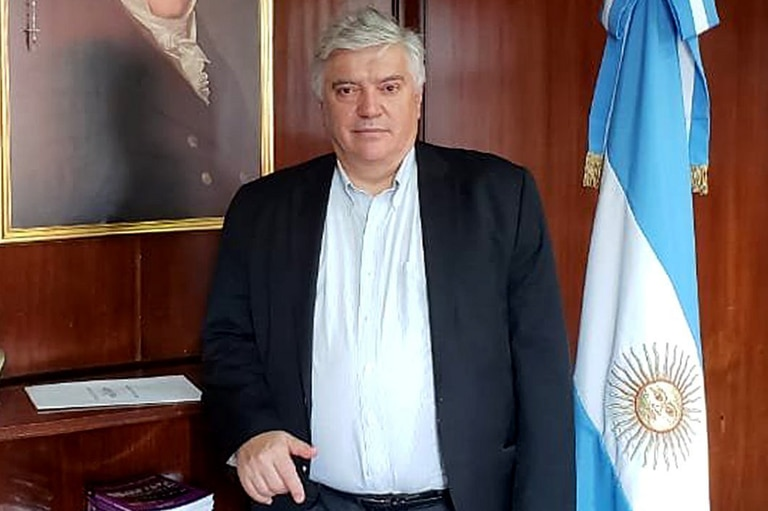 Luis Vila, uno de los subsecretarios de Aguad, recibió cuatro ataques intimidatorios; lo atribuyen a sectores que se oponen a una reforma