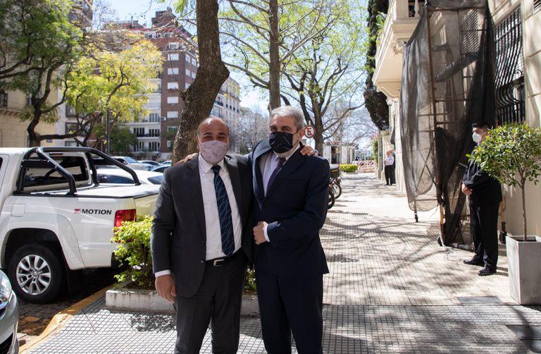 Manzur fue a visitar a Aníbal Fernández al Ministerio de Seguridad
