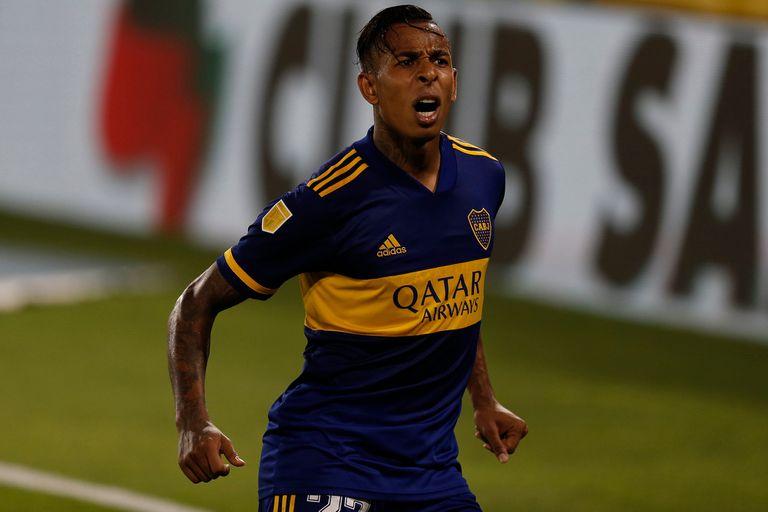 Sebastián Villa celebra el empate de Boca Juniors.