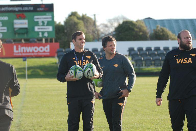 Super Rugby: el hábito de Quesada que sorprende a los neozelandeses y su motivo