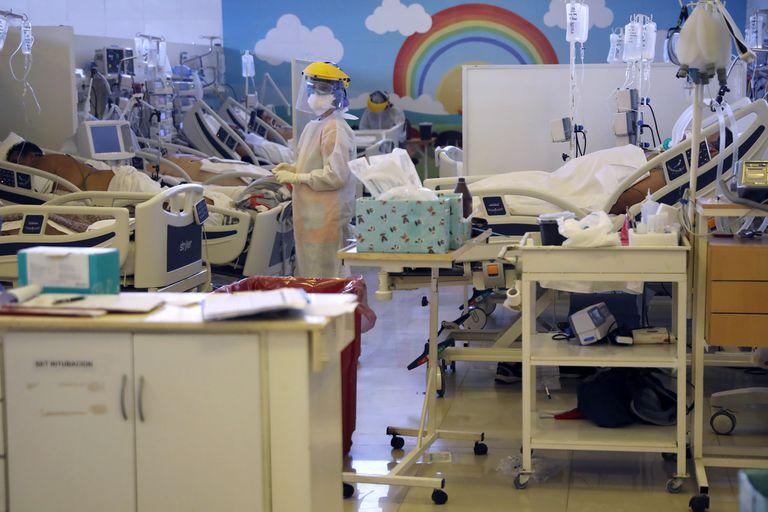Una encuesta realizada por la Sociedad Argentina de Infectología mostró resultados poco favorables en cuanto a las condiciones de trabajo de los especialistas