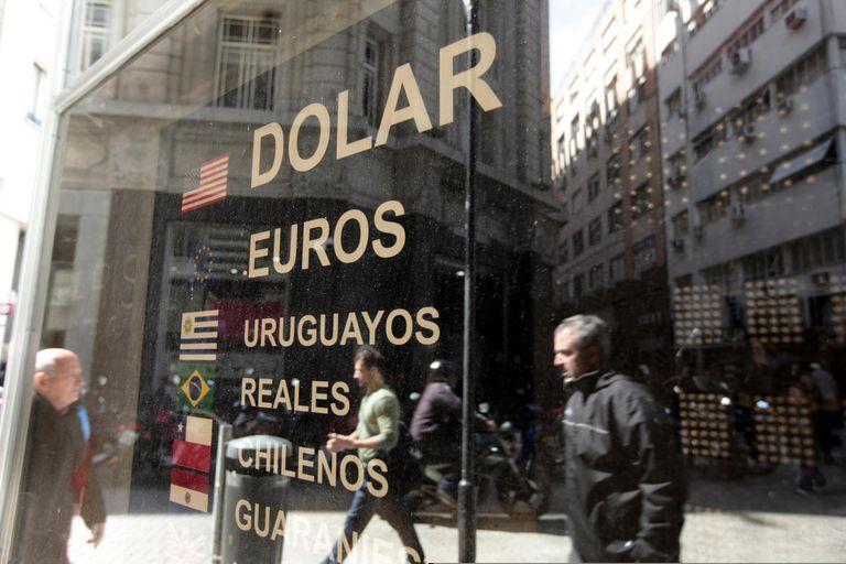 Dólar hoy: cuál es el precio en pesos argentinos el 2 de Marzo