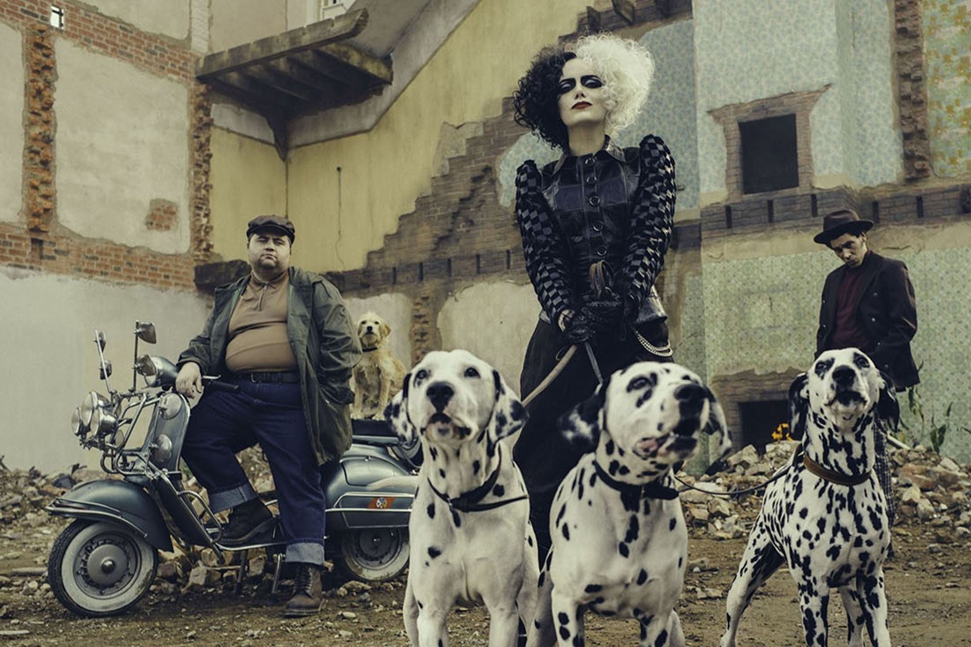 Cruella y los dálmatas insignia