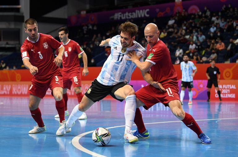 Una secuencia de la victoria de Argentina por 4 a 2 ante Serbia