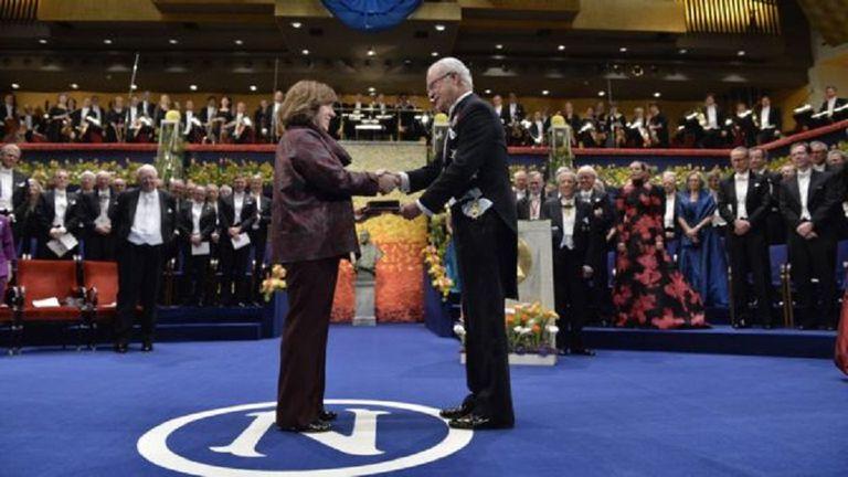 La escritora y periodista bielorrusa Svetlana Alexievich ganó el Nobel en 2015, la primera ocasión en que la Academia premió la labor periodística.