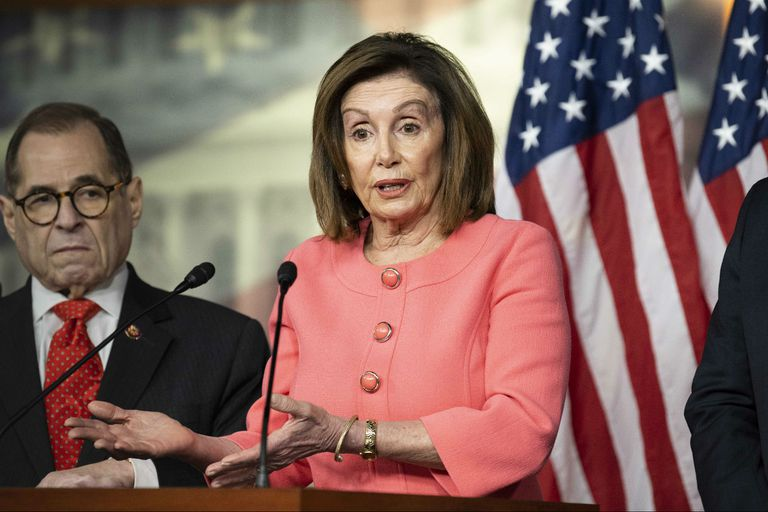 Pelosi anuncia el pedido de juicio político