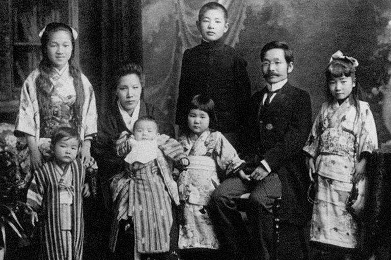 Kikunae Ikeda se preguntó qué sabor tenía la sopa de algas que su esposa le preparaba.