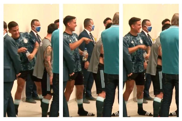 La reacción que Dybala al ver a Messi con la pechera de fotógrafo