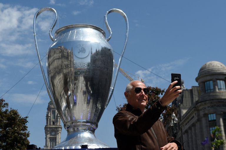 TV del sábado: final de Champions City-Chelsea, Grillo, Argentina en voley y Giro