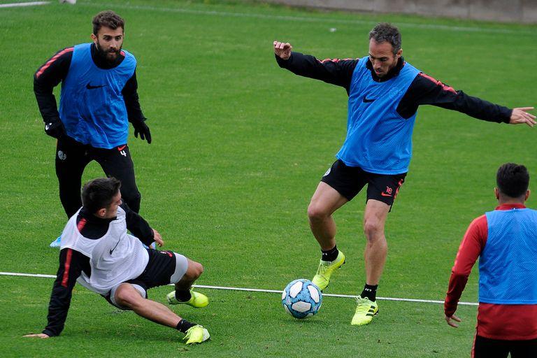 "Barras bravas ""visitaron"" el entrenamiento de San Lorenzo"
