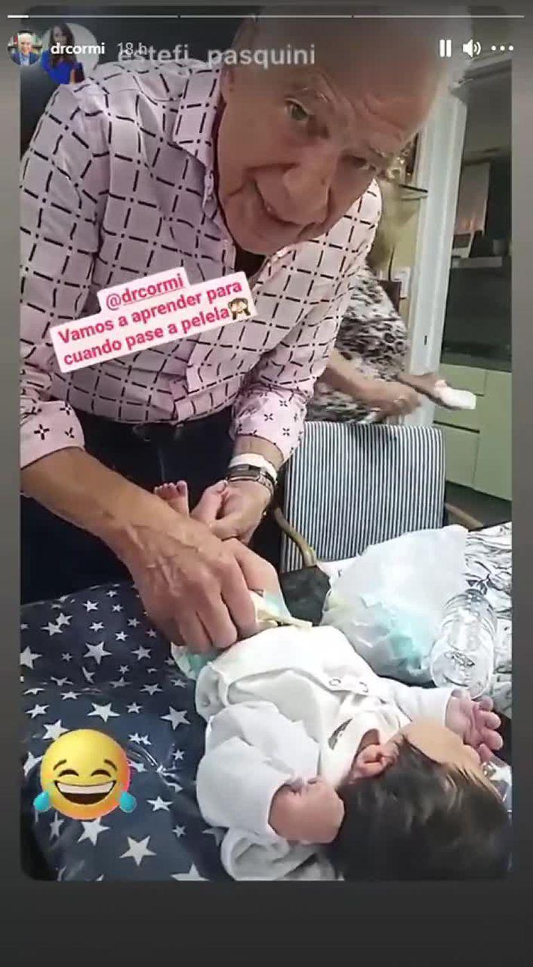 Alberto Cormillot le cambió los pañales a su bebé