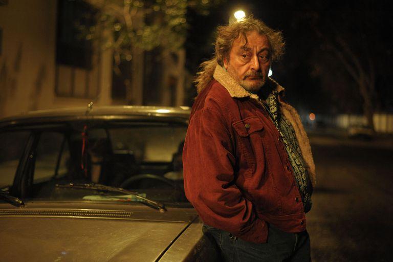 Claudio Rissi en 'Entre hombres', la miniserie argentina que reactiva la industria nacional de la ficción tras la pandemia de Covid-19