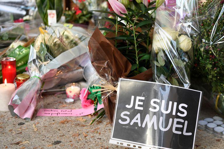"""""""Yo soy Samuel"""", dice el cartel de homenaje al profesor Paty"""