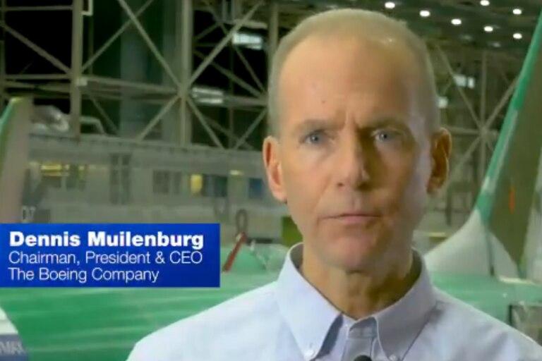 El CEO de Boeing pidió disculpas por los accidentes y reconoció fallas
