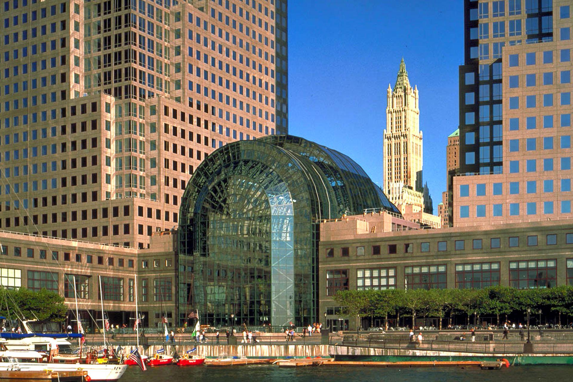 Imagen externa de uno de los cuatro edificios del conjunto