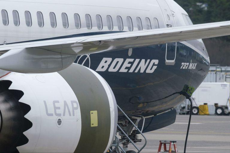 Boeing pide disculpas por los accidentes del 737 Max