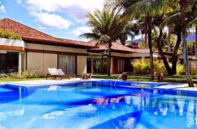 Pagó más de US$2 millones: Neymar compró la mansión donde vive el novio de su ex