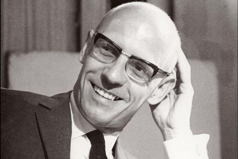 """¿Por qué no hay que """"cancelar"""" la obra de Foucault? Responden filósofos argentinos"""