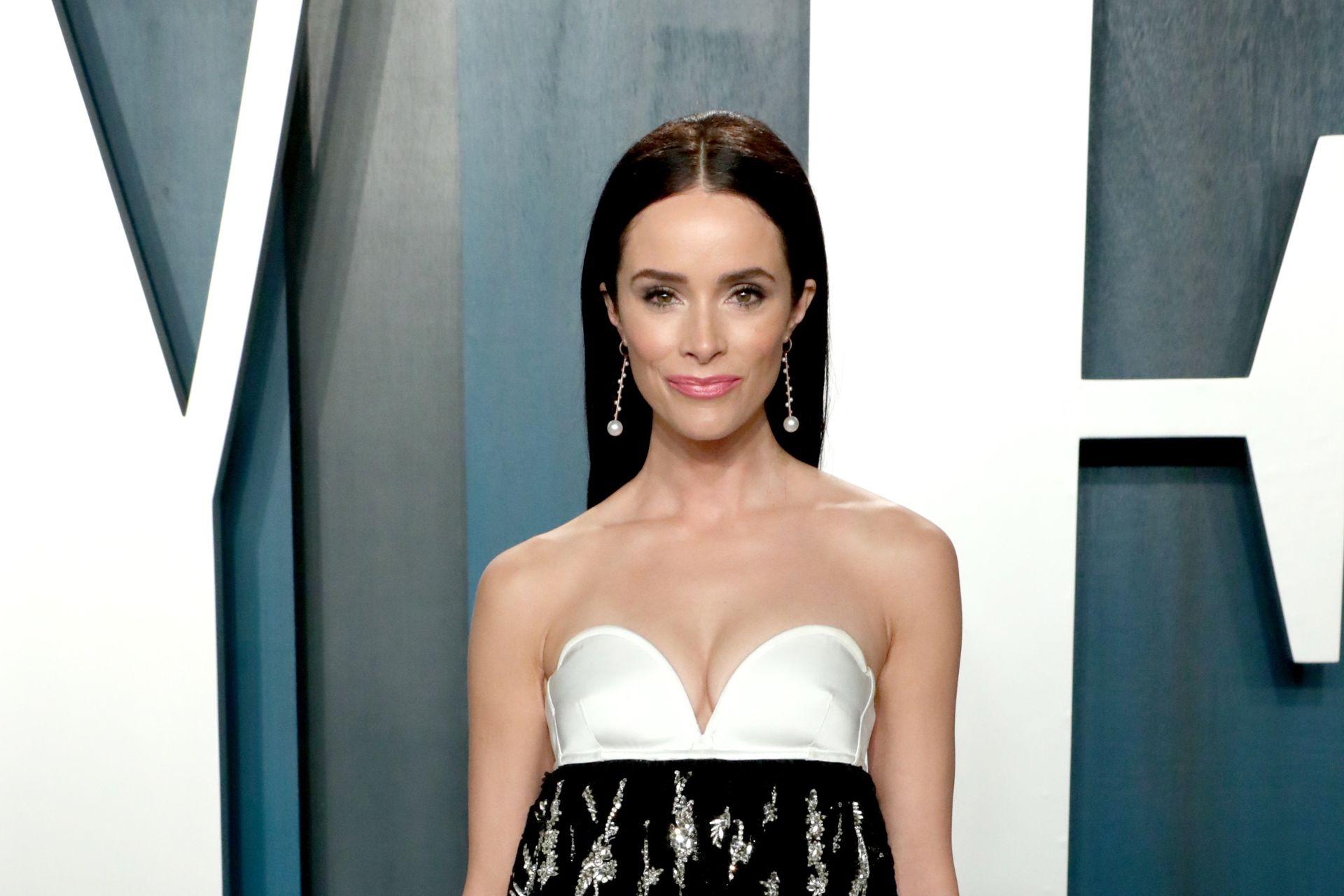 Abigail Spencer, en la fiesta post entrega de los Oscar 2020 organizada por la revista Vanity Fair