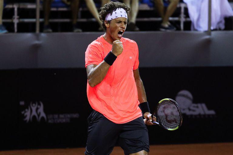 El tenista Joao Souza, suspendido de por vida por arreglo de partidos, hizo una broma de mal gusto con el coronavirus.
