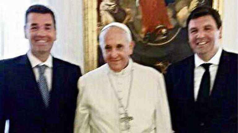 Los hermanos Lijo junto al Papa Francisco en El Vaticano, en 2014