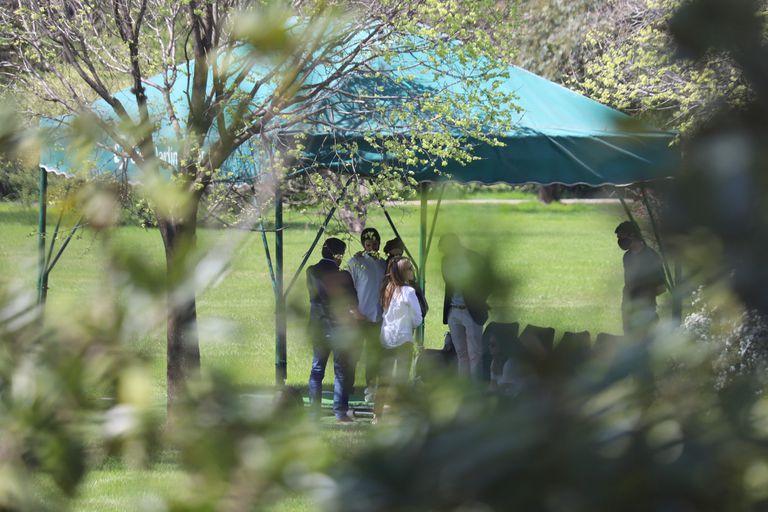 El último adiós a Elsa Serrano en el Jardín de Paz de Pilar