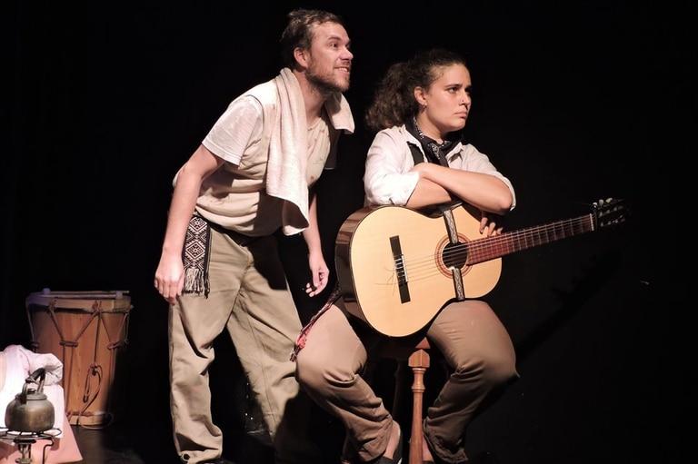 Martín Marcou y Carolina Curci, en escen