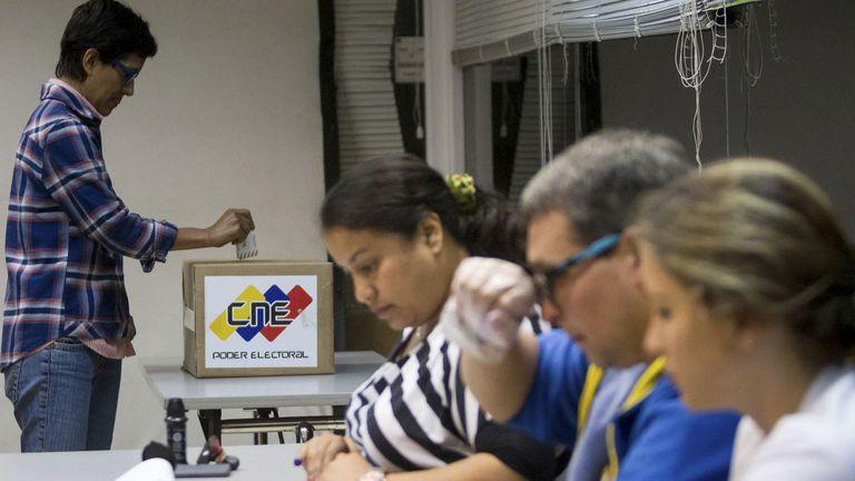Comicios decisivos en Venezuela