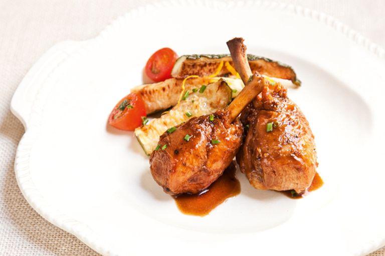 Acompañá las patas de pollo con zucchinis