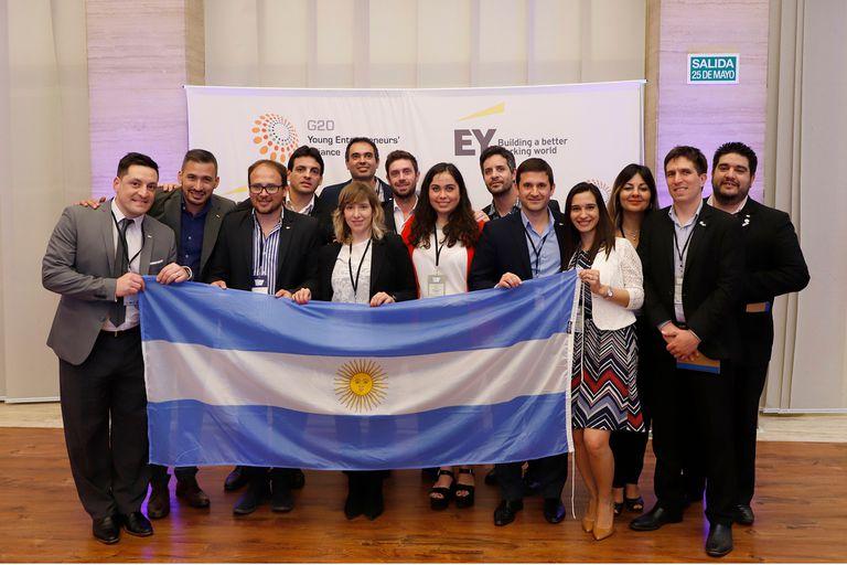 La delegación argentina en la cumbre del G20 YEA