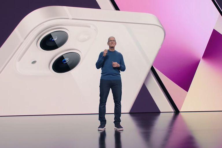 Tim Cook anuncia el nuevo iPhone 13.