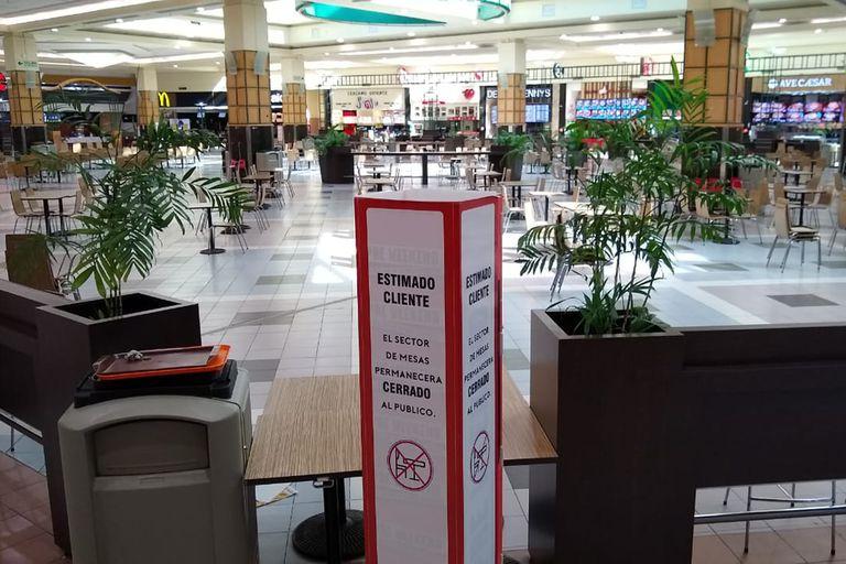 El patio de comidas del shopping Unicenter permanece cerrado tras el escándalo del fin de semana pasado