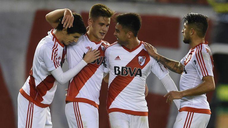 El festejo de Martínez Quarta por su gol