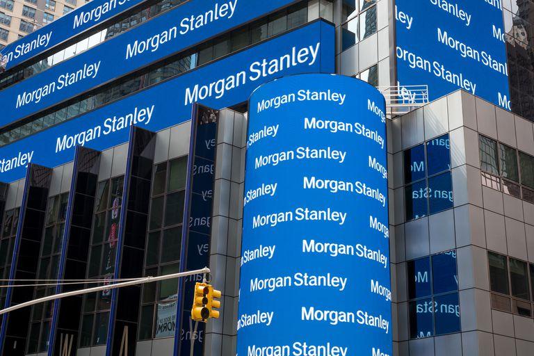 El banco internacional Morgan Stanley publicó un informe hoy en el cual proyecta que el Gobierno podría llevar a cabo una estrategia similar a la que hizo Cristina Kirchner cuando era presidenta, en 2014