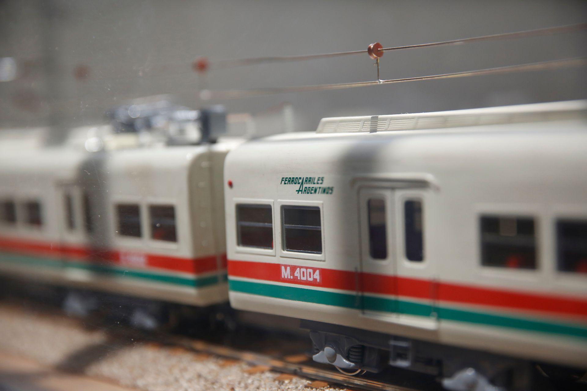 También pueden verse miniaturas de trenes que ya no están en circulación
