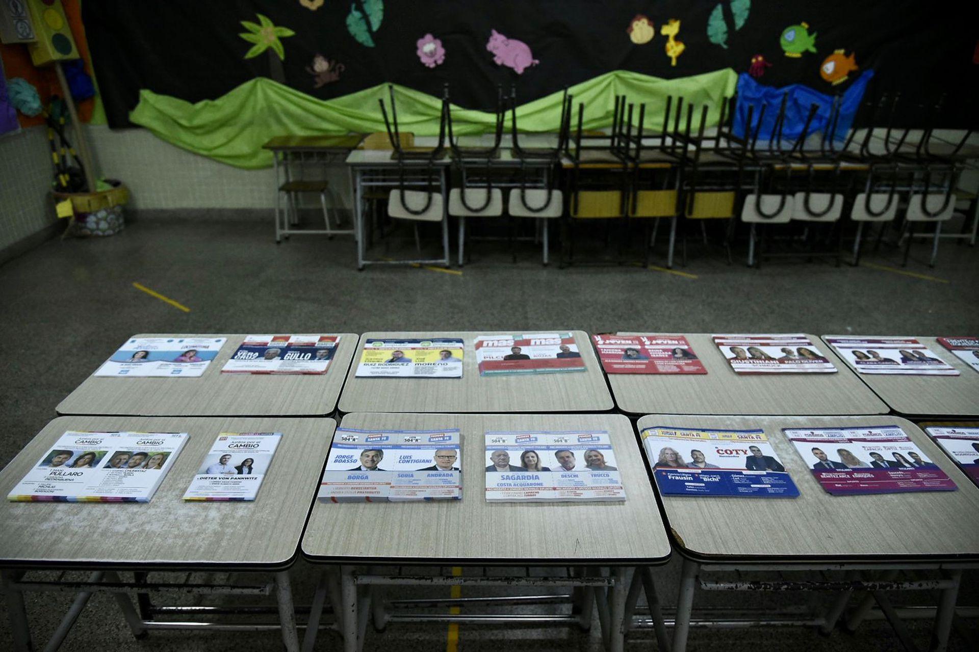 Boletas para votar en Instituto de la sagrada familia en Rosario
